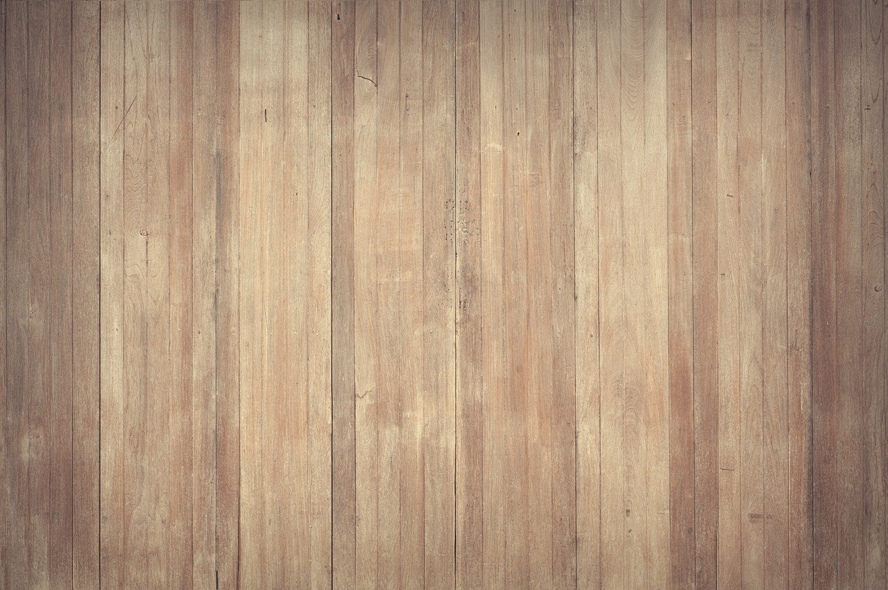 Slidt og trist trægulv? Giv det en frisk start med en professionel gulvafslibning i Helsingør