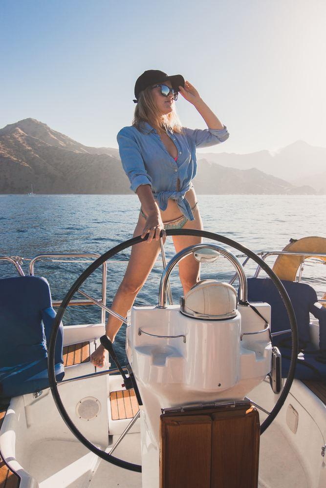 Hvilket sejler udstyr og bådudstyr kan jeg købe hos Bådbiksen?
